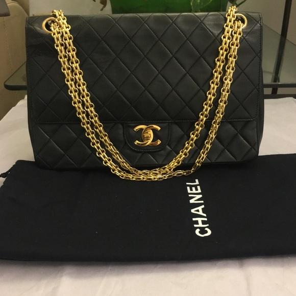 CHANEL Handbags - 100% Authentic Vintage Chanel bag 86dc28f2e51d2